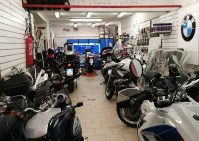 Assistenza moto Sassari Romolo-De-Pau---Riparazione-moto.jpg-Bmw-Honda-Yamaha-Kawasaki Officina